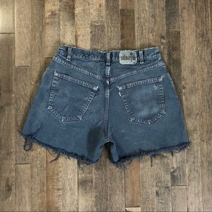 Vintage Levi's Silvertab cut off jean shorts!!!